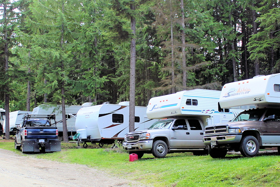 Specials on RV Sites at Elysia Resort, Quesnel Lake, BC
